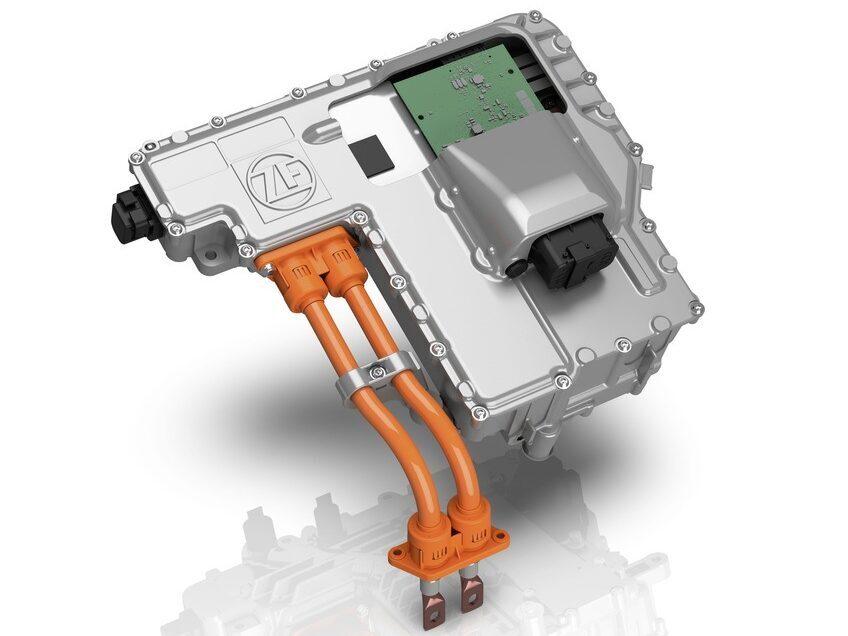 Efficienza Elettrificata: ZF offre componenti a 800 V per veicoli elettrici